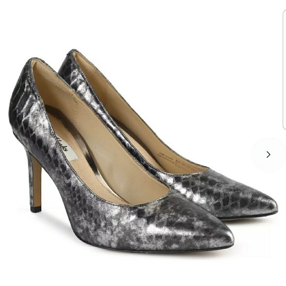 af9e12700714 NEW Clarks Dinah Keer Heels